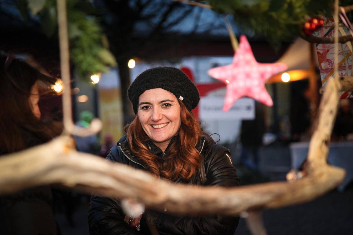 Weihnachtsmarkt_Raiffeisen_schöniaugeblick_fotografie_ostschweiz_weihnachtsmarkt_Markt_sterne_advent-14