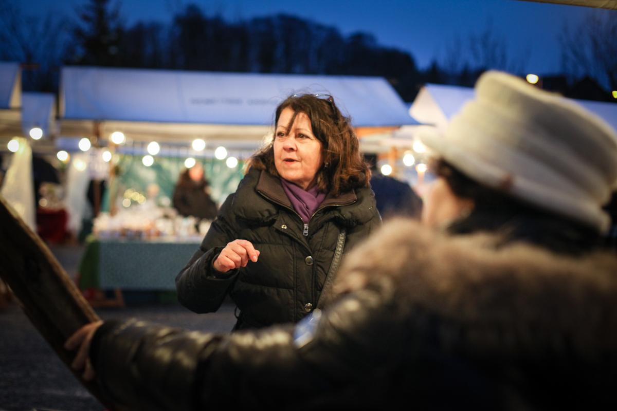 Weihnachtsmarkt_Raiffeisen_schöniaugeblick_fotografie_ostschweiz_weihnachtsmarkt_Markt_sterne_advent-16
