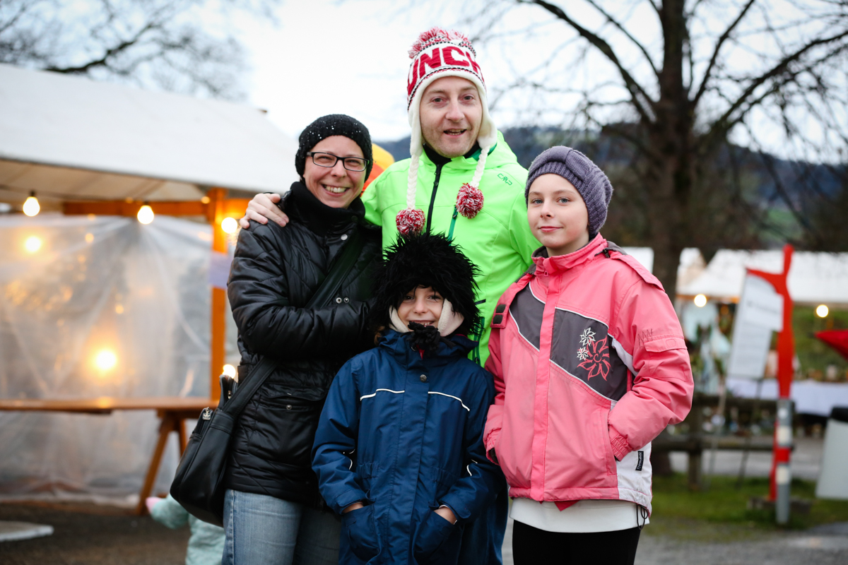 Weihnachtsmarkt_Raiffeisen_schöniaugeblick_fotografie_ostschweiz_weihnachtsmarkt_Markt_sterne_advent-26