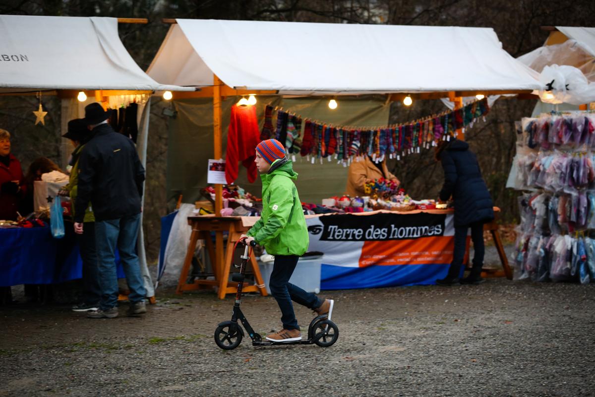 Weihnachtsmarkt_Raiffeisen_schöniaugeblick_fotografie_ostschweiz_weihnachtsmarkt_Markt_sterne_advent-27