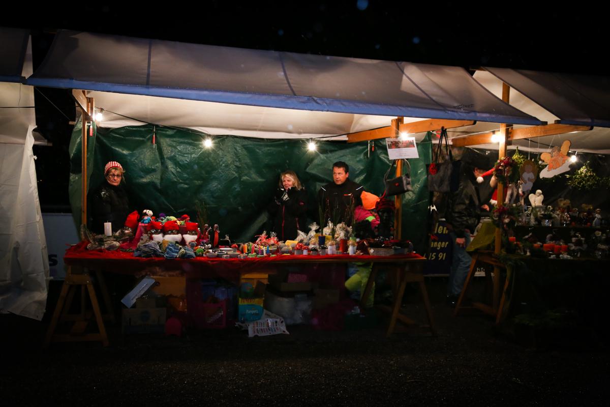 Weihnachtsmarkt_Raiffeisen_schöniaugeblick_fotografie_ostschweiz_weihnachtsmarkt_Markt_sterne_advent-35