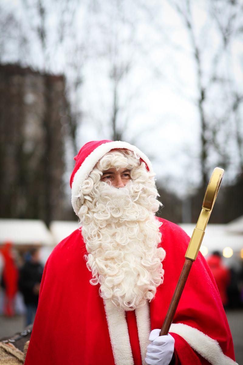 Weihnachtsmarkt_Raiffeisen_schöniaugeblick_fotografie_ostschweiz_weihnachtsmarkt_Markt_sterne_advent-4