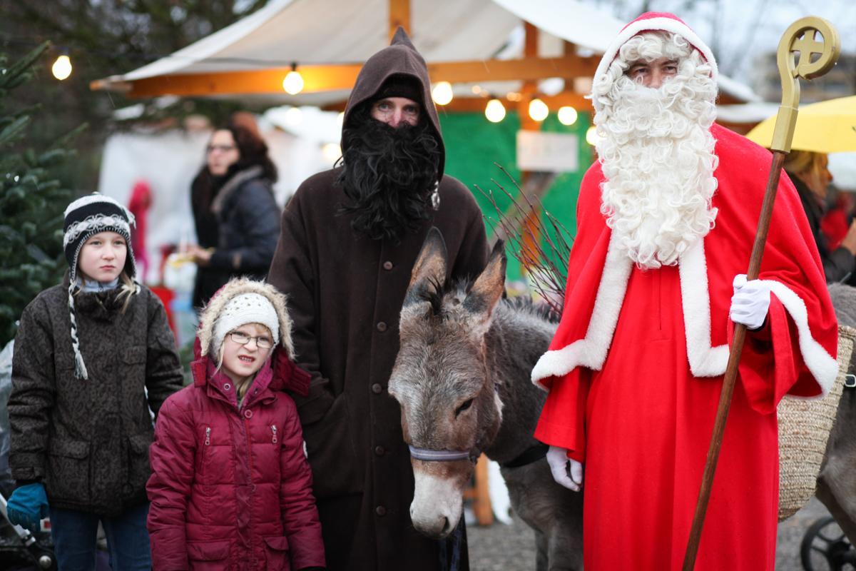 Weihnachtsmarkt_Raiffeisen_schöniaugeblick_fotografie_ostschweiz_weihnachtsmarkt_Markt_sterne_advent-5