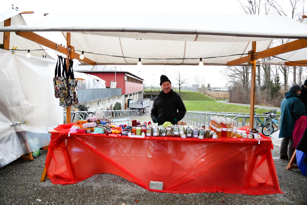 Weihnachtsmarkt_Raiffeisen_schöniaugeblick_fotografie_ostschweiz_weihnachtsmarkt_Markt_sterne_advent-51