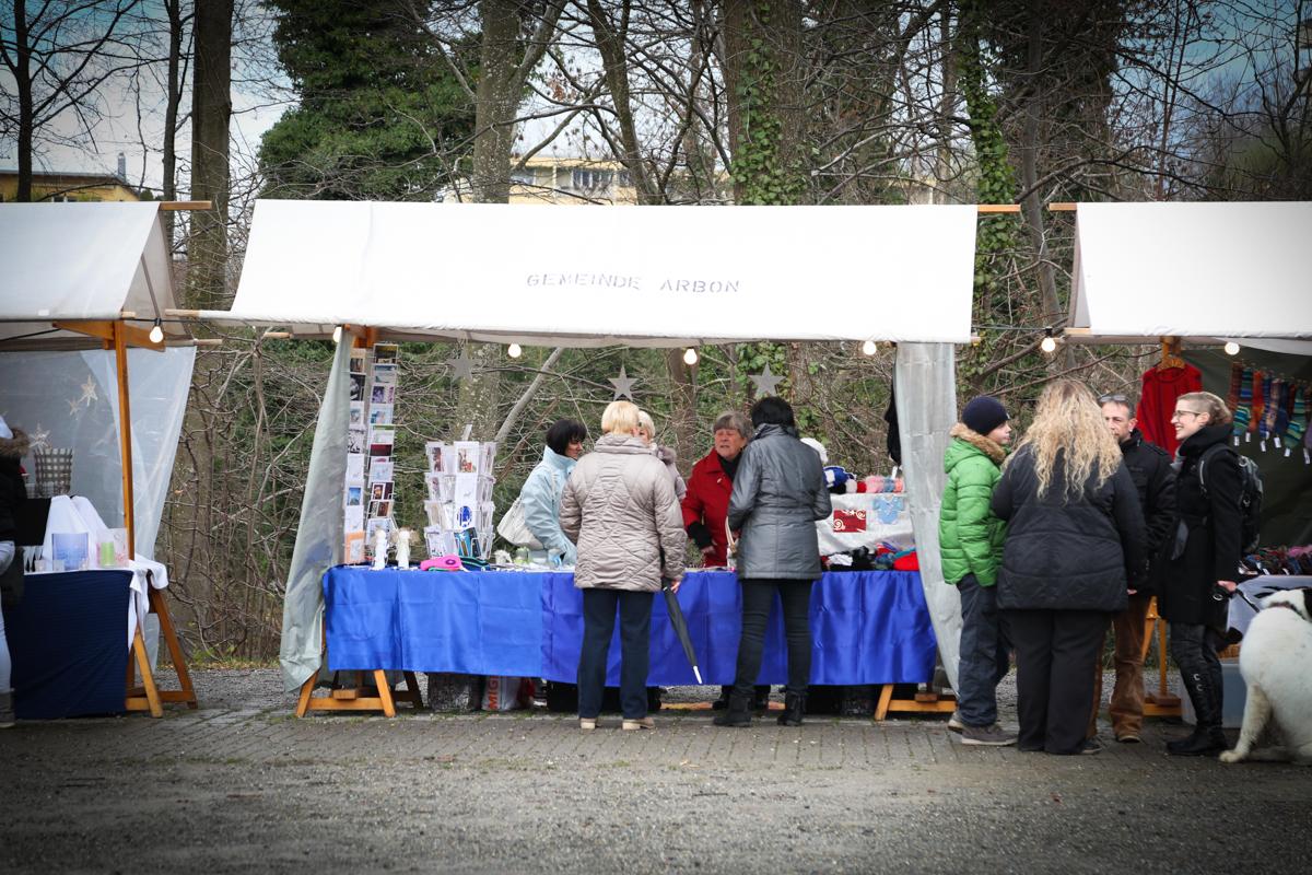 Weihnachtsmarkt_Raiffeisen_schöniaugeblick_fotografie_ostschweiz_weihnachtsmarkt_Markt_sterne_advent-55